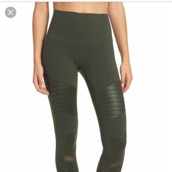 0b6d6bfac8104 Electric Yoga Pants | Live Electric Stephanie Bohbot Athletic ...